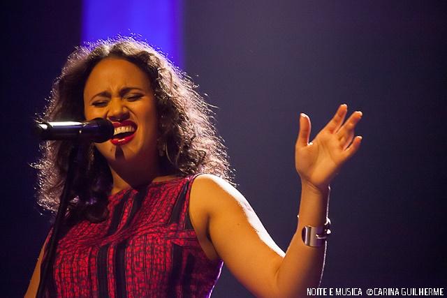 Misty Fest: Mayra Andrade no Coliseu do Porto [fotos + texto]
