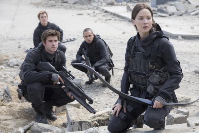 The Hunger Games: A Revolta - Parte 2: temos t-shirts e livros para oferecer