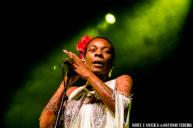 Buika ao vivo no Coliseu do Porto [fotos + texto]