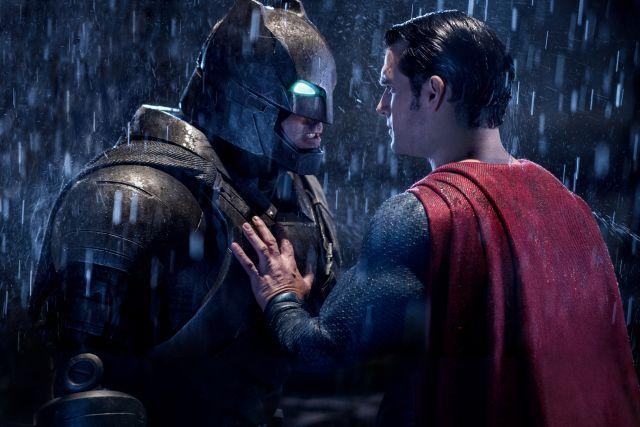 """Passatempo Antestreias """"Batman v Super-Homem: O Despertar da Justiça"""" [Lisboa e Porto]"""