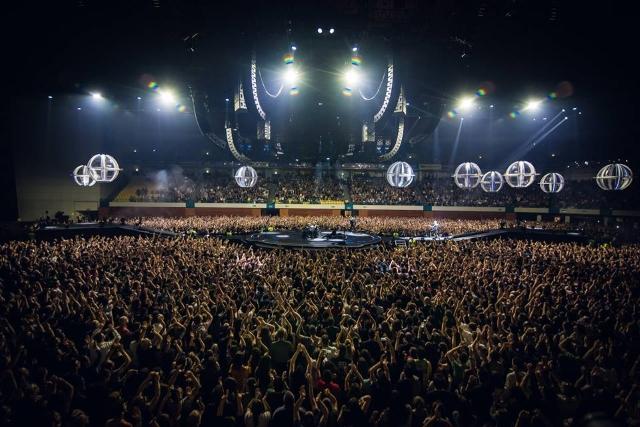 Muse ao vivo na MEO Arena: Drones eletrizam Lisboa