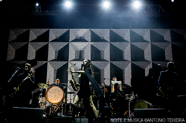 PJ Harvey regressa a Portugal em outubro