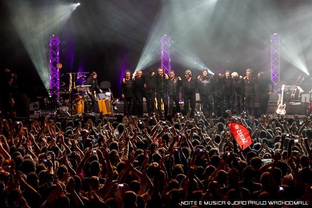 Resistência regressam aos palcos em abril