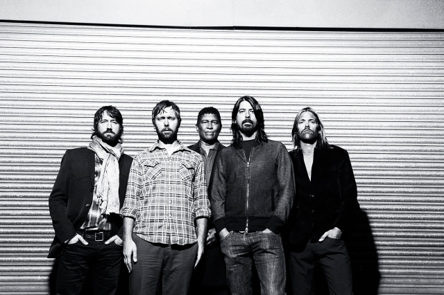 "Foo Fighters revelam ""Something From Nothing"""