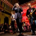GNR surpreenderam fãs com concerto surpresa na baixa do Porto [fotogaleria]