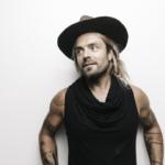 Xavier Rudd dá dois concertos em Portugal em outubro