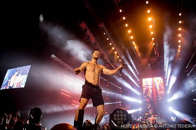 Imagine Dragons ao vivo na Altice Arena: mensagens, suor e sucessos [fotos + texto]