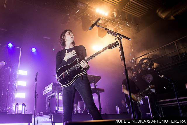 Hard Club foi pequeno para James Bay [fotos + texto]