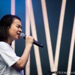 Mitski no Vodafone Paredes de Coura: Atuação intrigante de uma artista peculiar