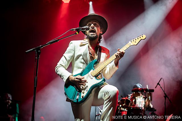 Invicta rendida ao Soul e aos Blues dos The Black Mamba [fotos + texto]
